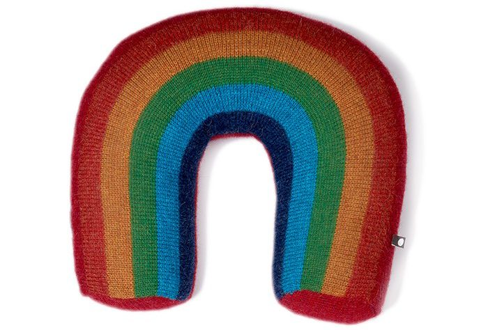 fw16-oeuf-rainbow-pillow-1_3