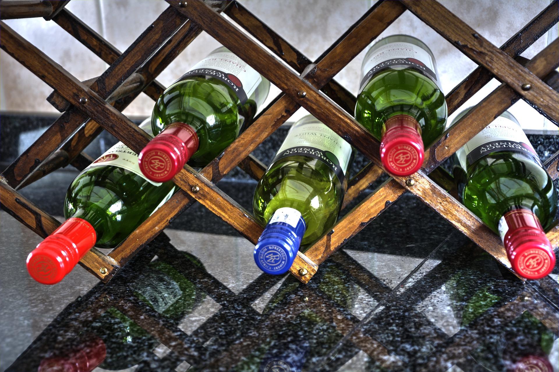 wine-rack-1775895_1920