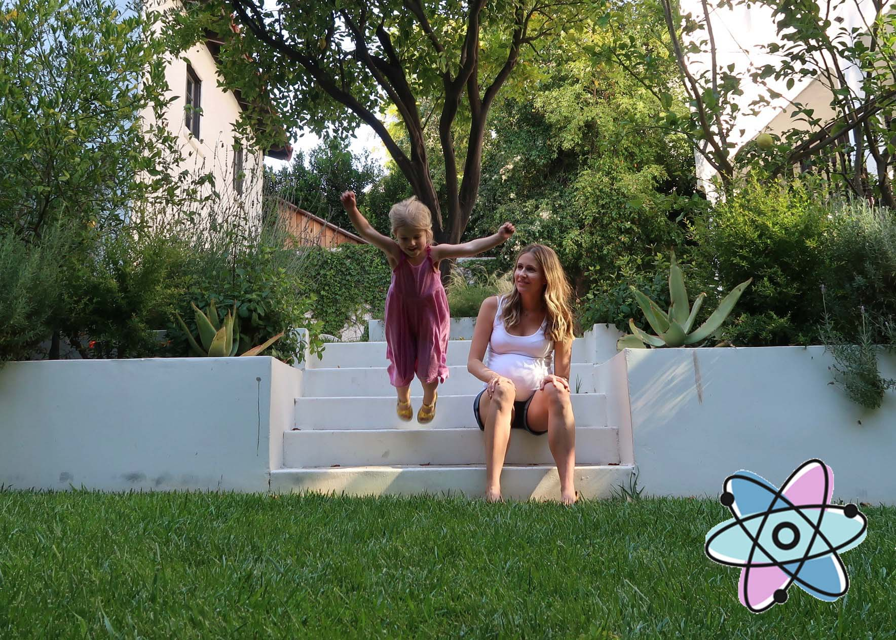 Atomic Moms Hot Mama Summer Must Haves with Ellie Knaus!