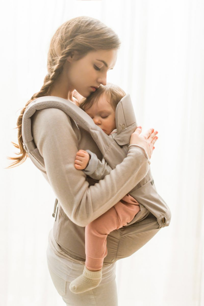 Top 5 Finds from the JPMA Baby Show Innobaby ECLEVE Pulse Ultimate Comfort Hip Seat Carrier