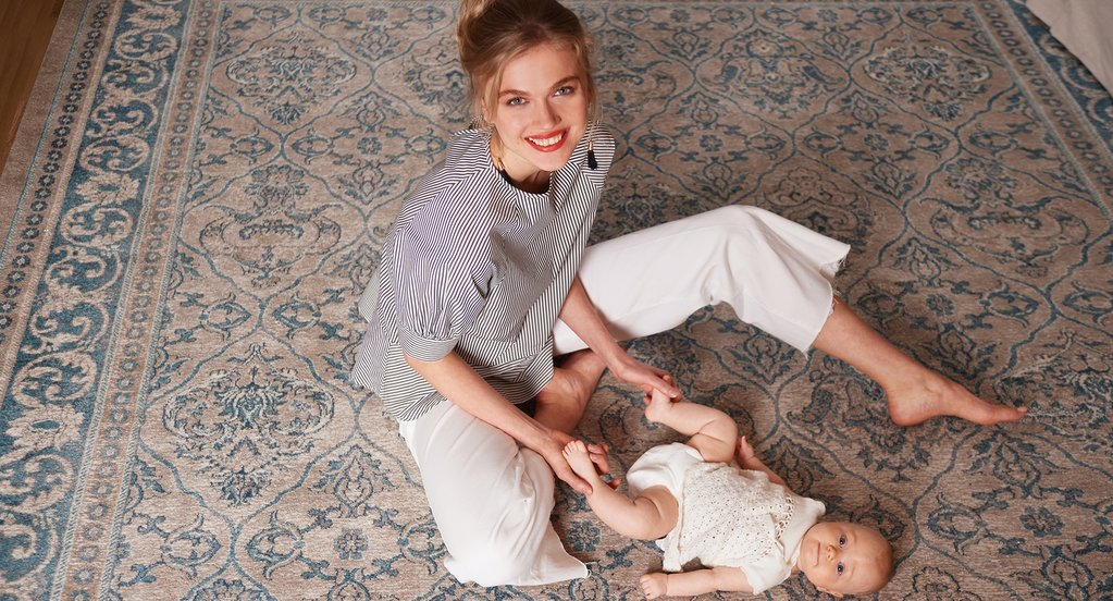 ce52c2616b844 Breastfeeding Style for Nursing Moms - Gugu Guru Blog